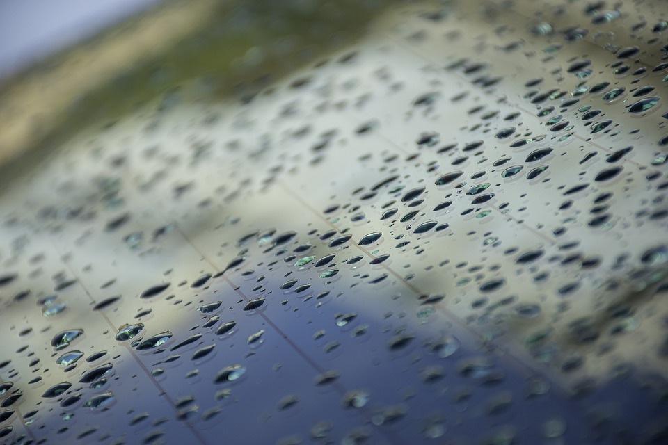 automobilio stiklas